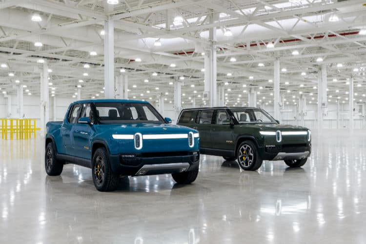 Rivian stock and IPO. Picture of blue R1T and green R1S.